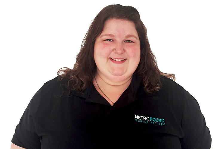 Kristen Clyburn, Pet Grooming Stylist, MetroHound Mobile Pet Spa