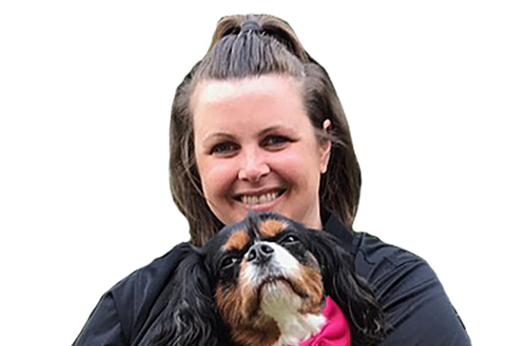 Kelly, Pet Grooming Stylist, MetroHound Mobile Pet Spa for Dogs and Cats
